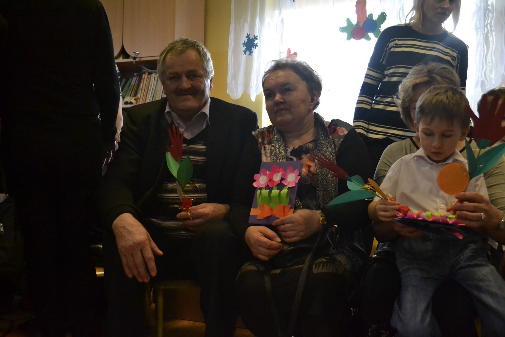 Dzień Babci i Dziadka w grupie 4 - latków